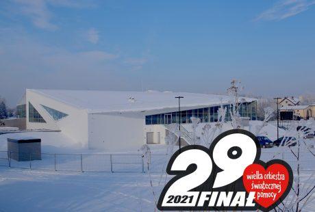 Na zdjęciu budynek pływalni z grafiką 29. Finału Wielkiej Orkiestry Świątecznej Pomocy.