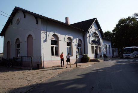 Zdjęcie dworca PKP w Zduńskiej Woli